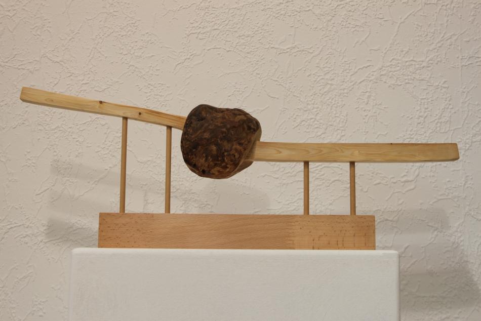 Schweben - Holzskulptur Peter Hudlet